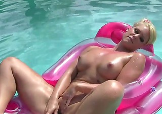 bella rose didnt have sex for a lengthy time and