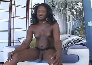 black-skinned t-girl demon nicole b spills the